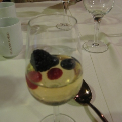 Moscato gelatin with fresh berries